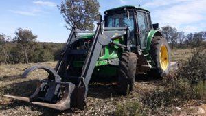 Tractor Forestal con Pinzas